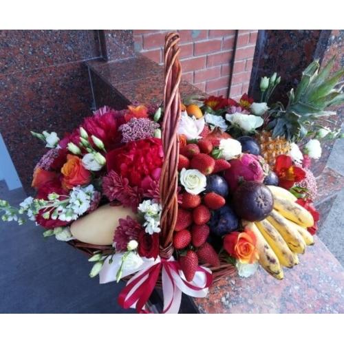 № 436  корзина с фруктами и цветами