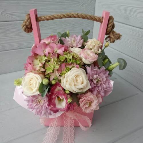 № 525 ящик с розами