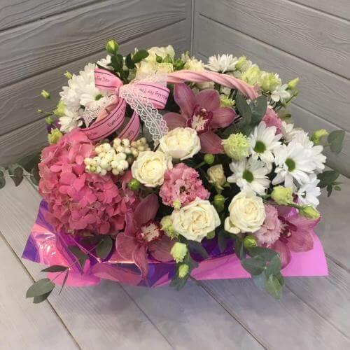 № 393 корзина с розами и орхидеями