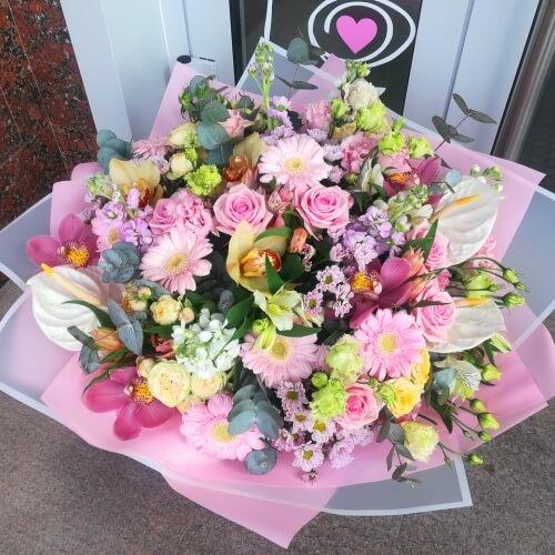 № 408 букет с розами, орхидеями,герберой