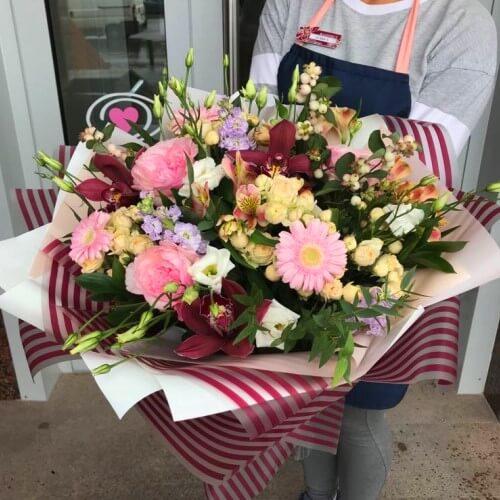 № 407 букет с орхидеями и розами