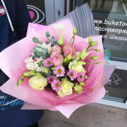 № 639 букетик с гиацинтами и розами