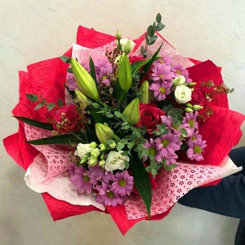 № 0452 букет с лилией и розами