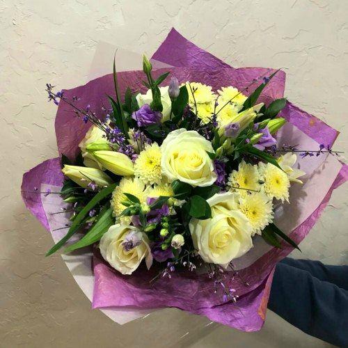 № 0455 букет с лилией и розами и эустомой