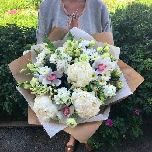 №291 букет с пионами и орхидеями